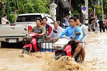 Flooding on Koh Samui Spares Roads, Tourism Sites
